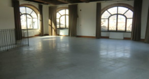 Attico / Mansarda quattro piani, ottimo stato, 143 mq, Domodossola
